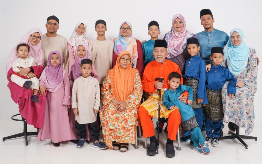 Family Portrait In Studio 15