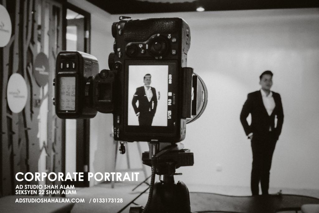 Exceptional Corporate Studio Portrait For Distinguished Professional 1